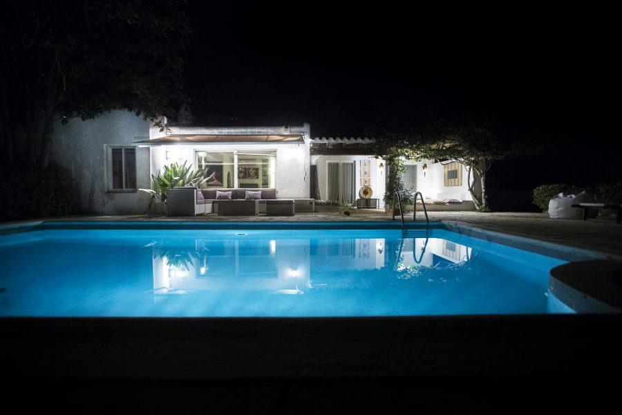 02-F77T7161-piscina